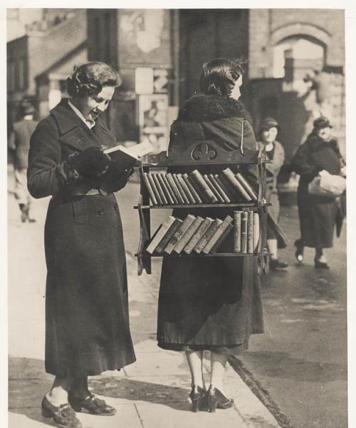 Sejarah Buku dan Perjalanan