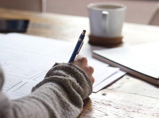 Cara Bisa Bahasa Inggris dengan Patokan 4 Keterampilan Berbahasa